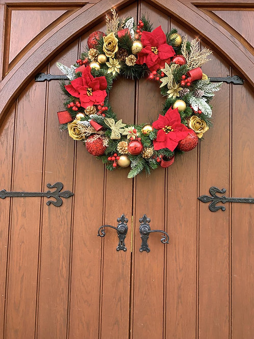 'Traditional' Christmas Door Wreath