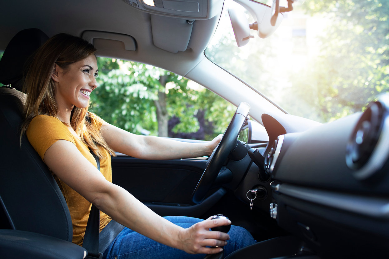 woman-driving-automobile.jpg