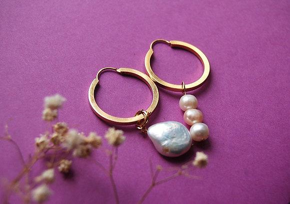 Créoles asymétriques ornées de perles