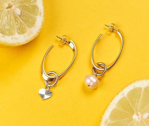 Créoles asymétriques ornées d'un coeur et perle