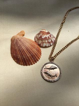 Bracelet de cheville orné d'une médaille poissons