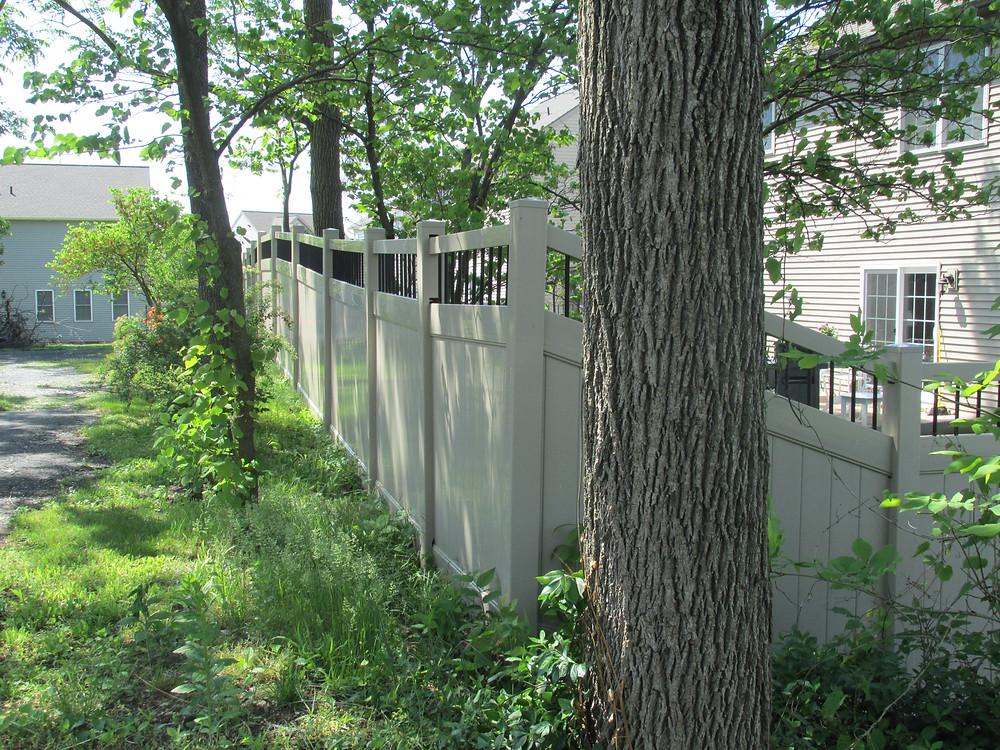 fence-line-hybrid-privacy-aluminum-spokes-yard-installation-mechanicsburg