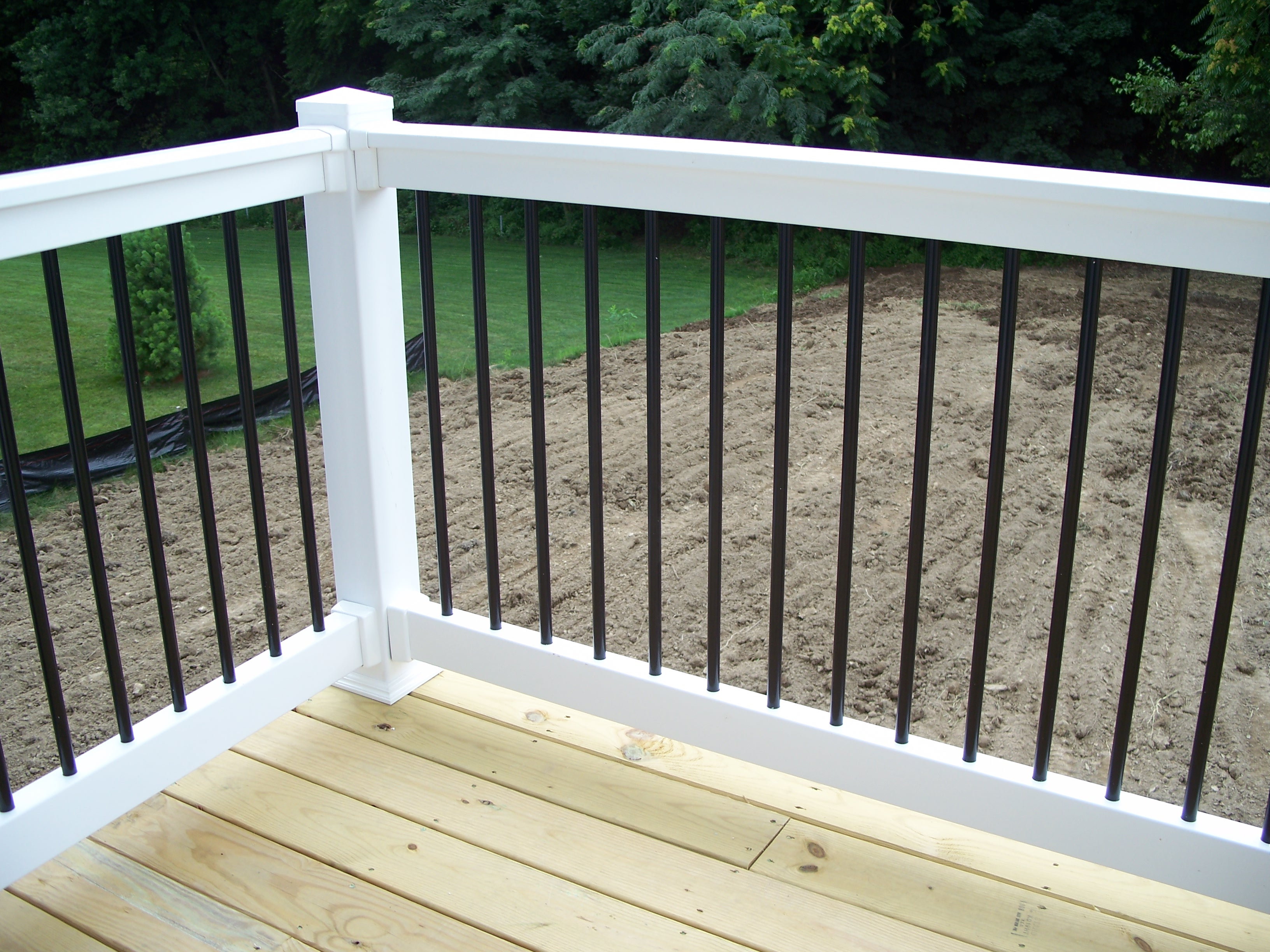 Hybrid Newberry Railing