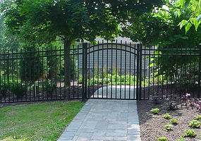 Aluminum Metal Iron Fence with exposed top pickets and Arched Gate