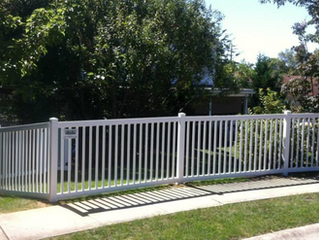 Why Choose a Vinyl Fence?