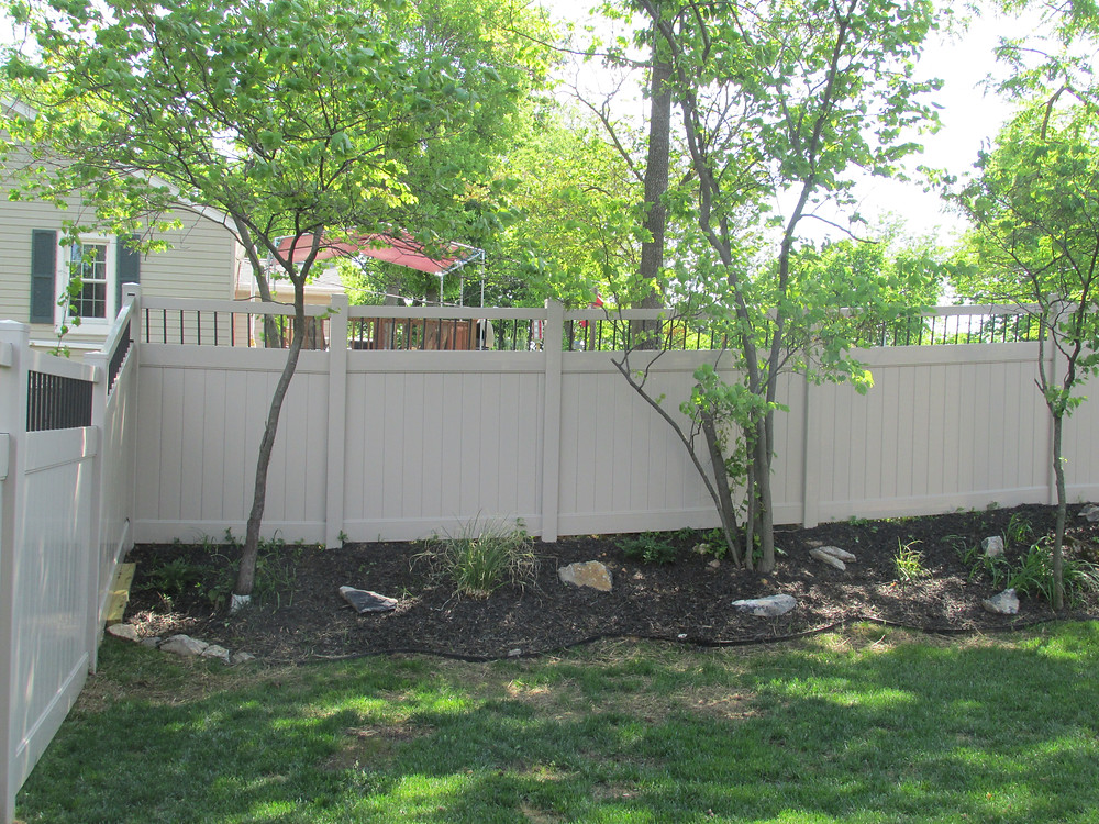 Fence-line-landscape-install-hybrid-vinyl-aluminum-privacy-liberty-mechanicsburg