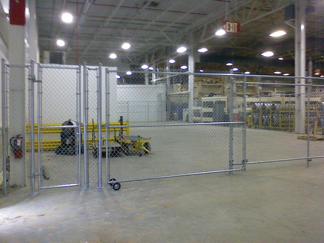 Industrial Chain Link Fence with Gate on