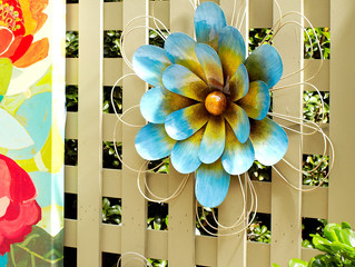 Cute Ideas to Spice up Your Fence