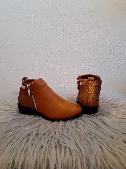 Brown Bebe Booties for Girls