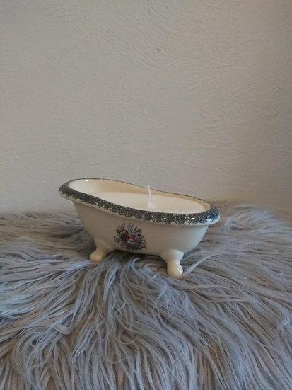 Bathtub Candle