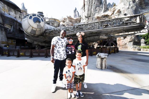 Star Wars Galaxy's Edge | Disneyland