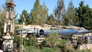 Star Wars Galaxy's Edge | Disneyland | X-Wing