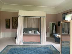 Master Bedroom - Bespoke Four Poster Bed