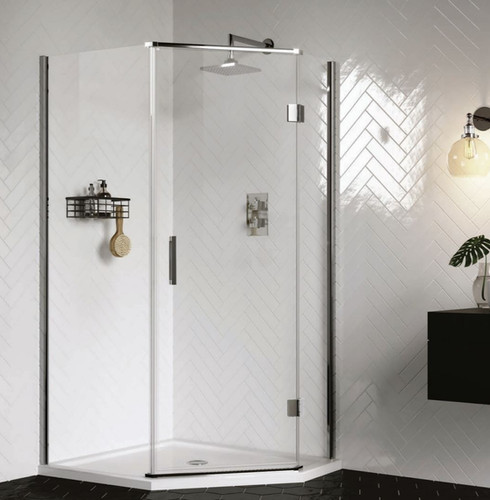 Quintet uses only the finest materials ensuring this stunning enclosure makes   the best use of corner spaces.