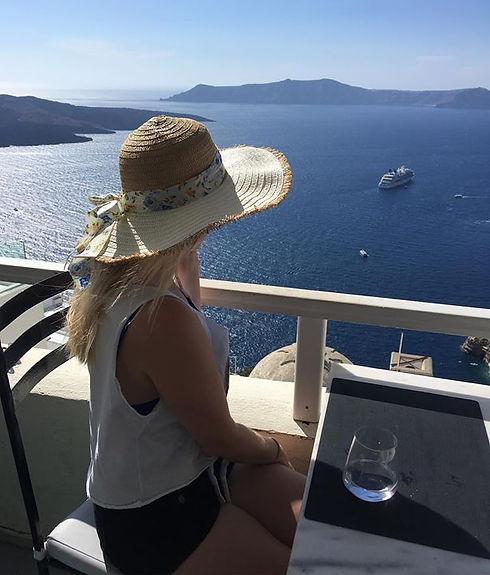 Santorini is my happy place ❤️#AfterDisn