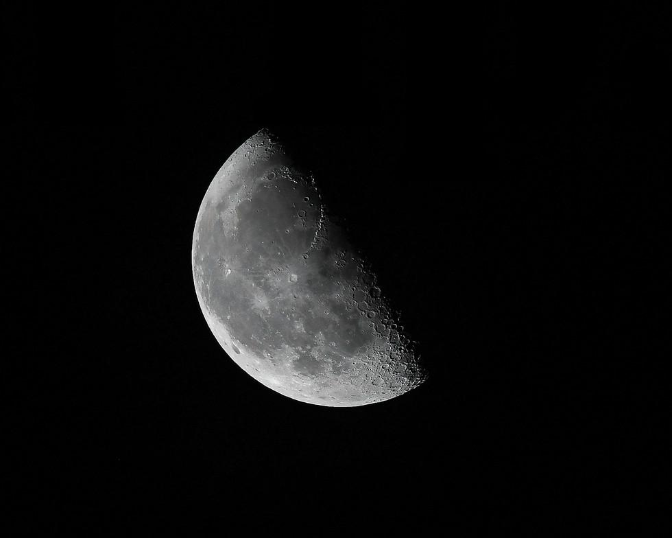 moon jpeg101-2.jpg