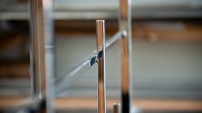 POLISHED STAINLESS FIXTURE
