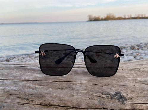 Retro Square Women's Bee Sunglasses - Black