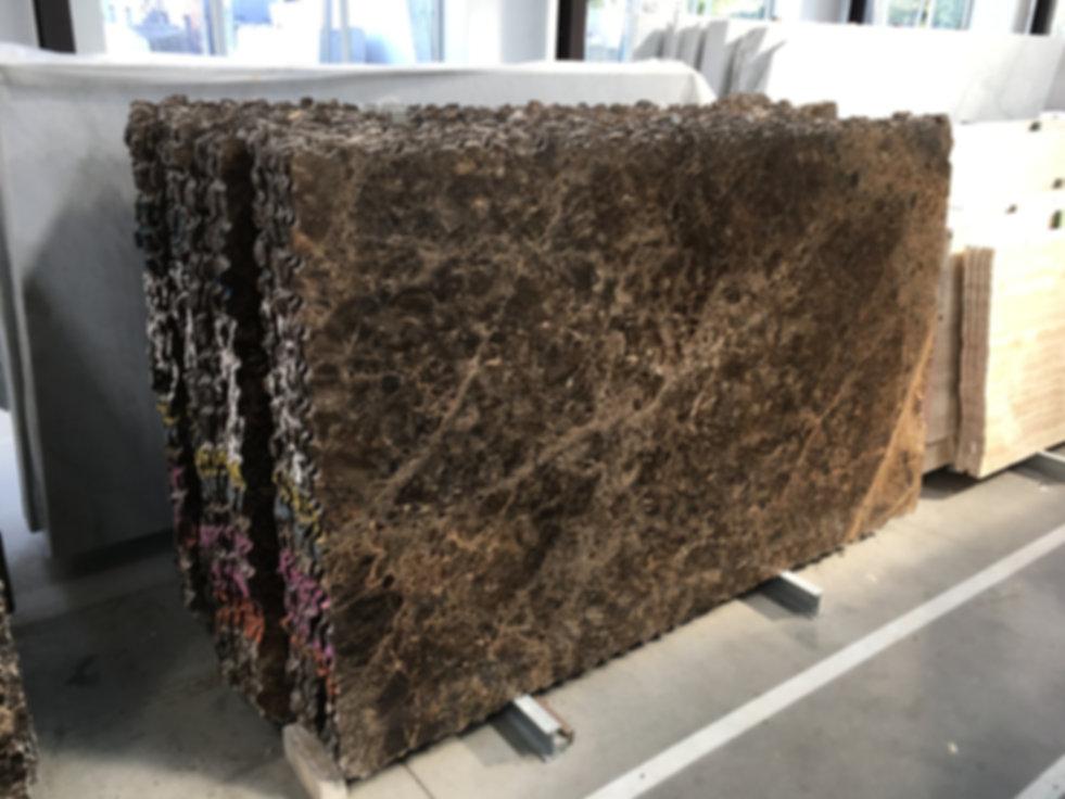 Pizzul - Emperador Dark marble slabs.jpe