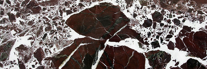 Pizzul - Rosso Levanto marble detail.jpg