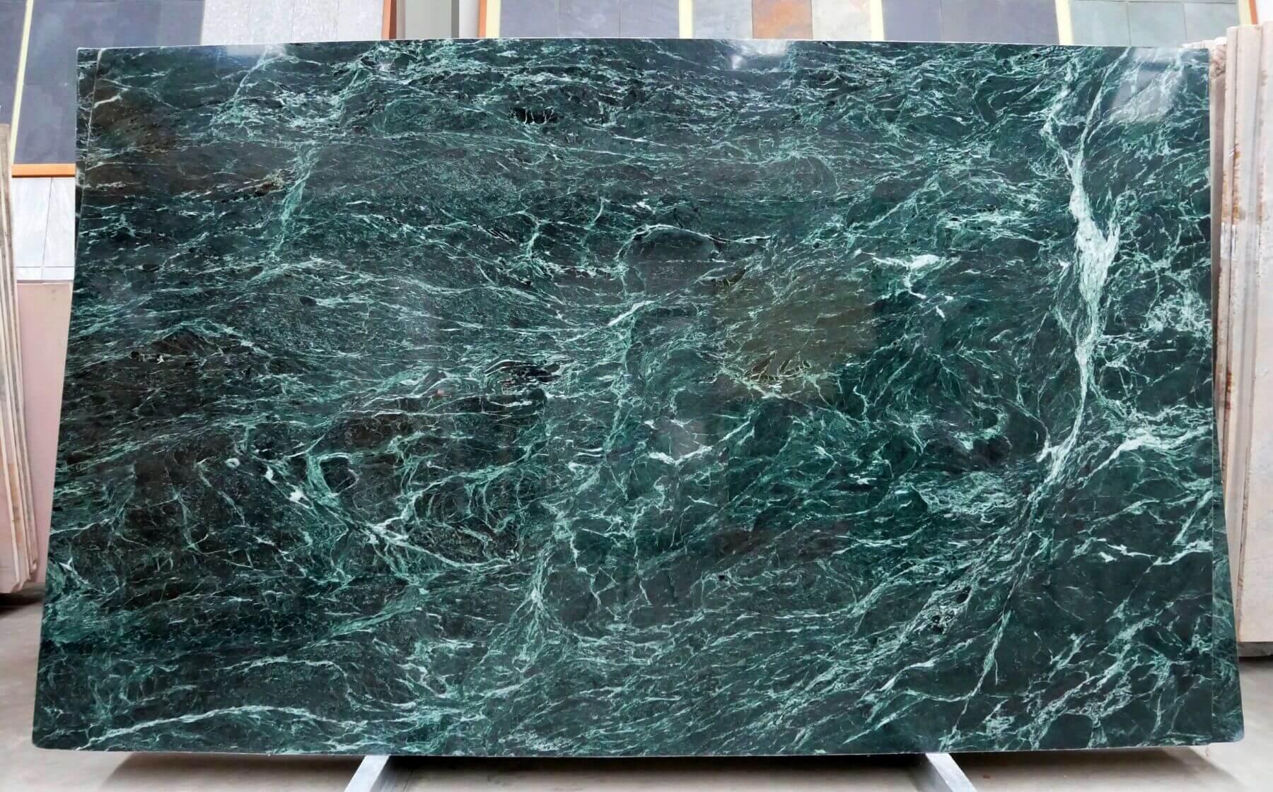 61795 271-284x171-173x2cm 76 polished sl