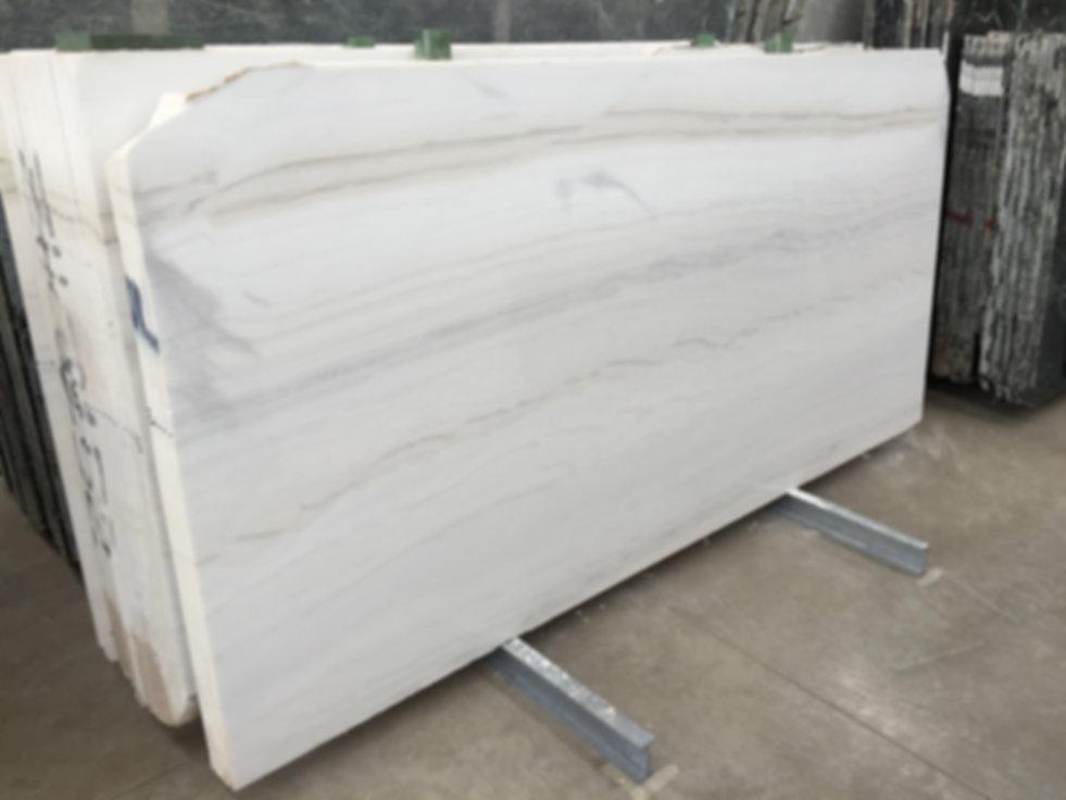 Pizzul - Bianco Covelano marble slabs.jp