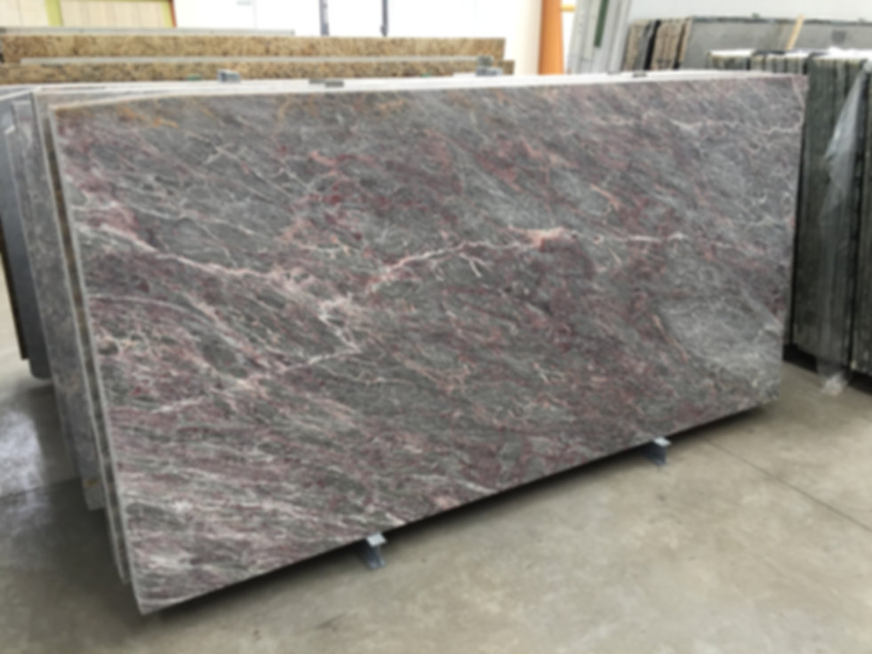 Pizzul - Pesco Fiorito marble slabs.jpeg