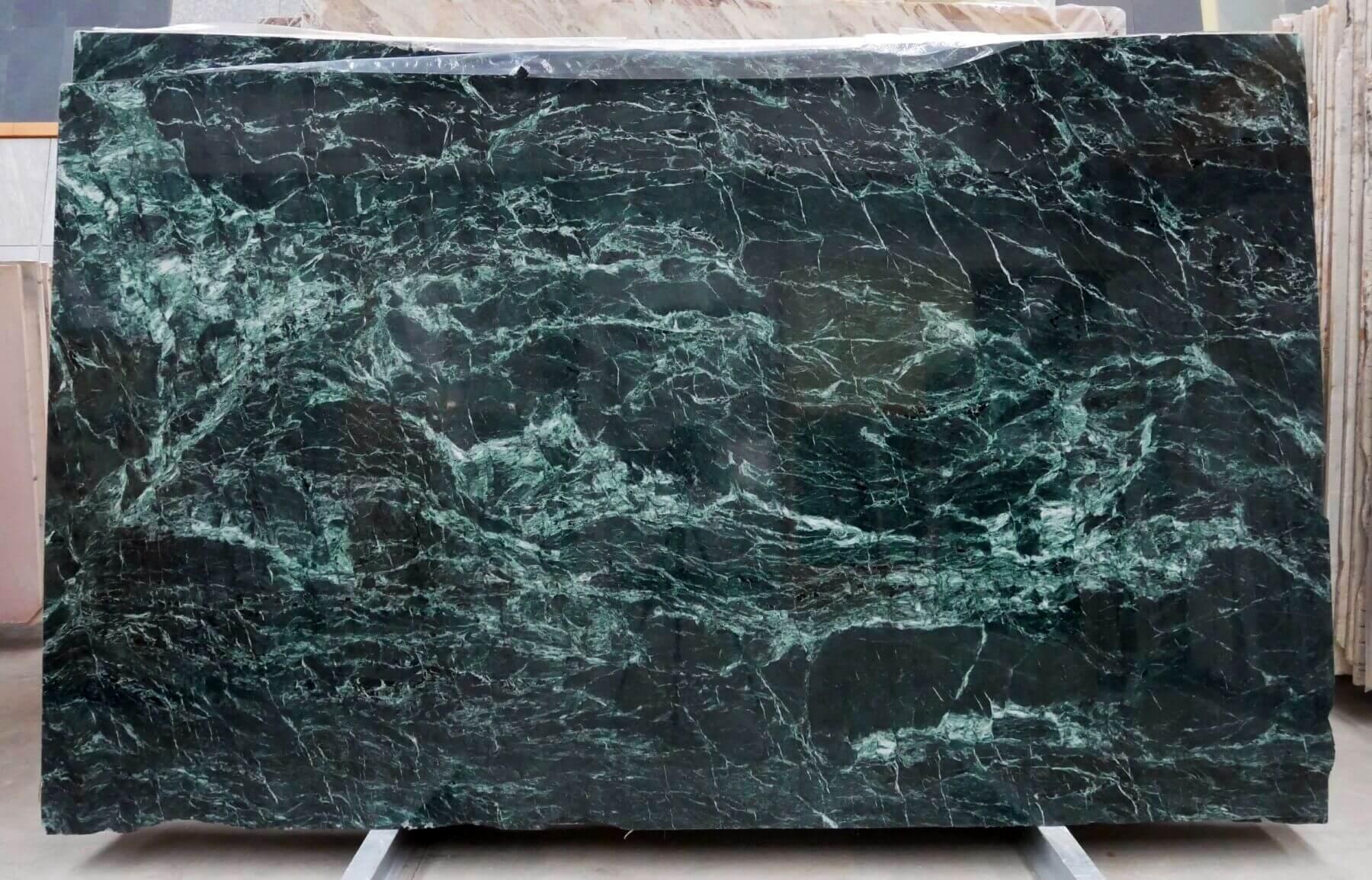 12748 223-277x140-162x2cm 42 polished sl