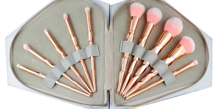 10 PIECE VEGAN ROSE GOLD BRUSH SET WITH RAINBOW CASE