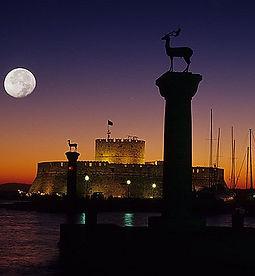 Rhodes-Nightlife.jpg