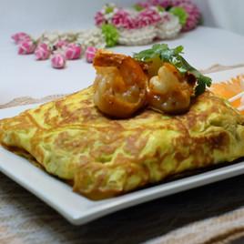 Golden Wrap Pad Thai