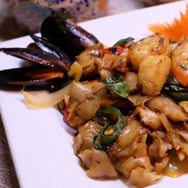 Seafood Drunken Noodle