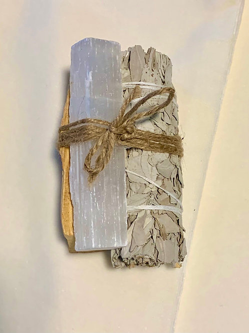 Palo Santo, Sage, and Selenite Space Clearing Bundle