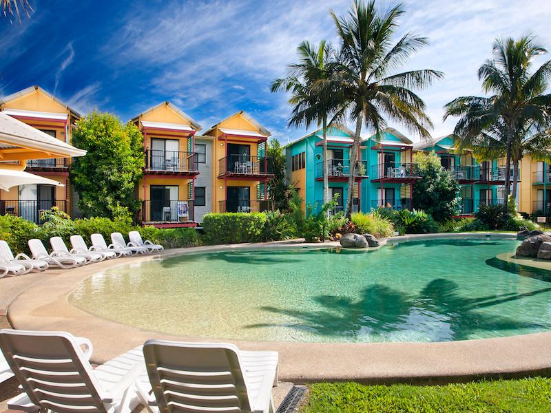 Noosa-Lakes-Resort