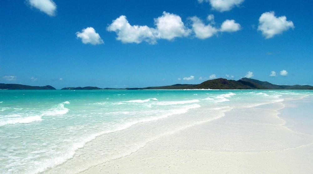 australias-whitehaven-beach-1260x700