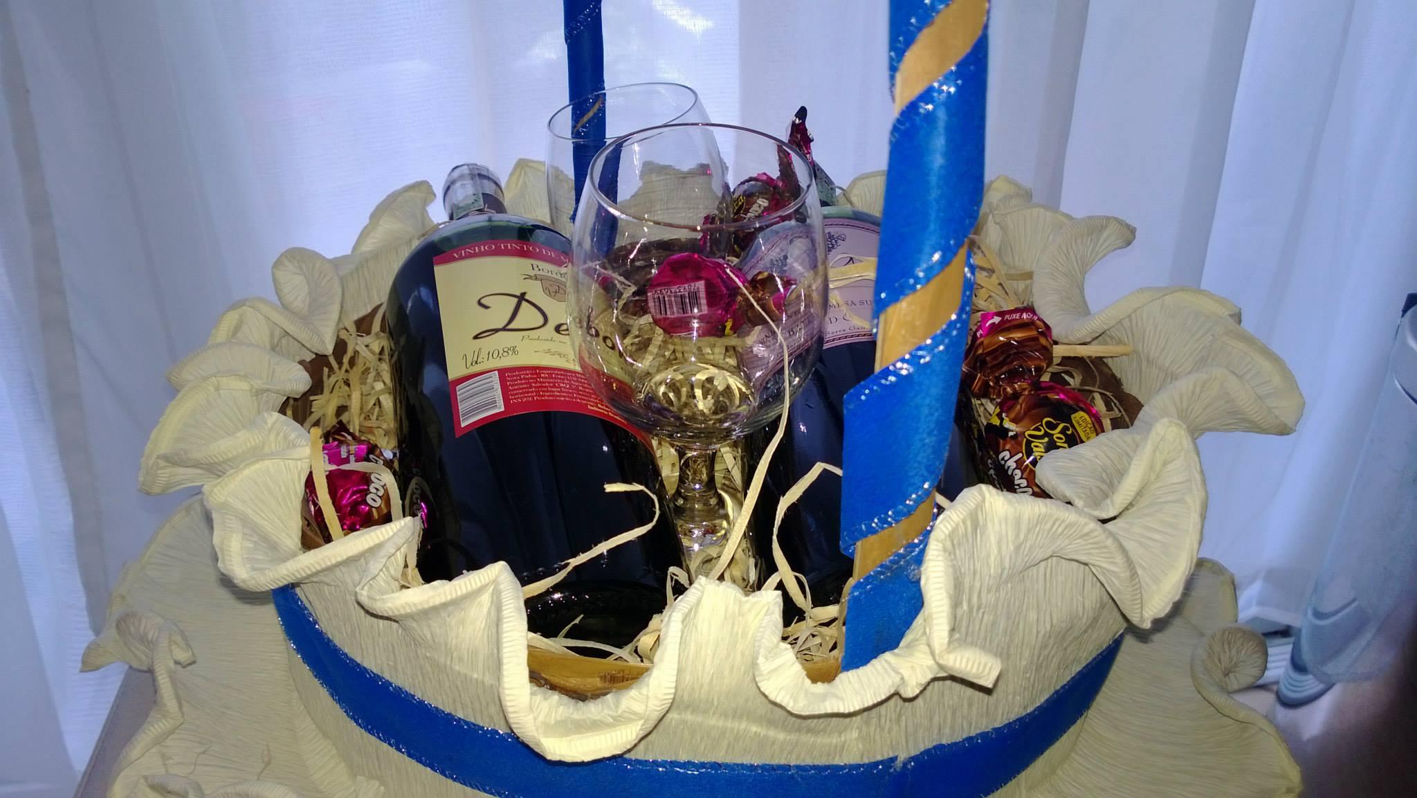 cesta de vinho