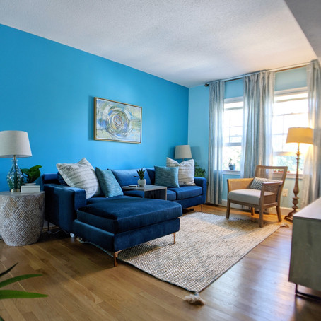 Lisa's vibrant living room