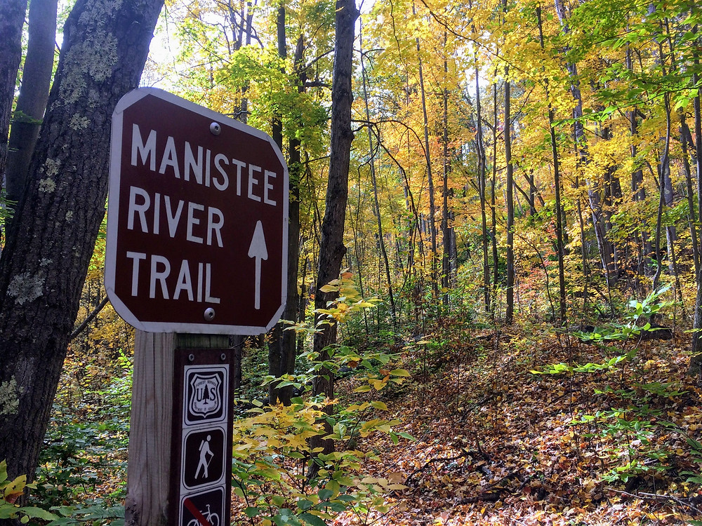 Sign marking where the Manistee River Trail meets the North Country Trail