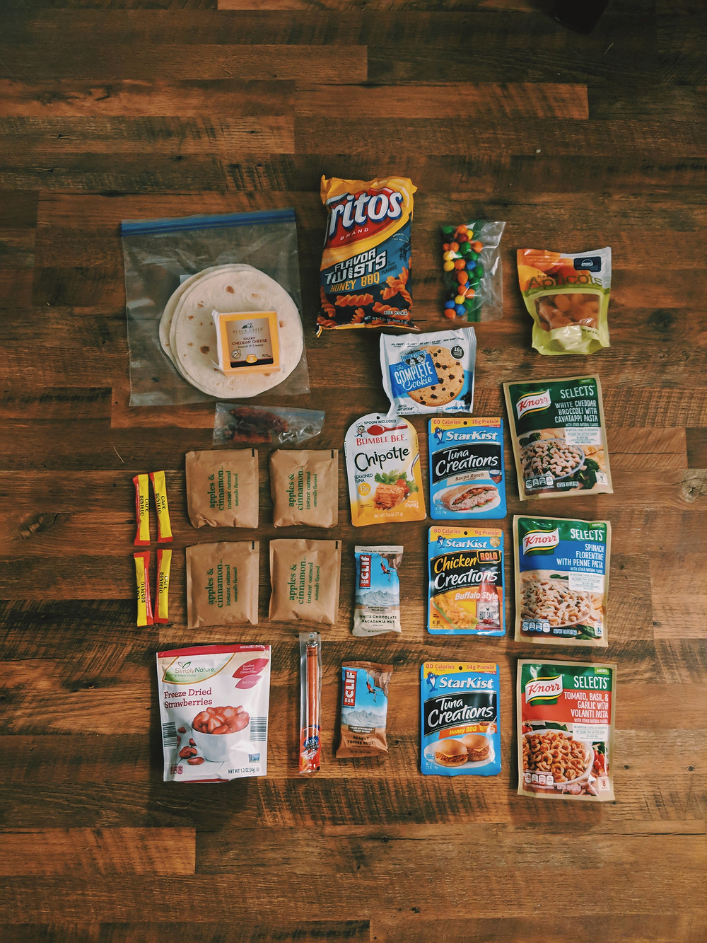 flaylay of food for 2.5 days of hiking