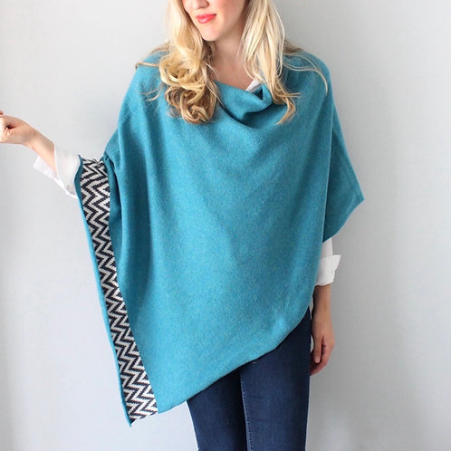 Sea mist knitted lambswool poncho