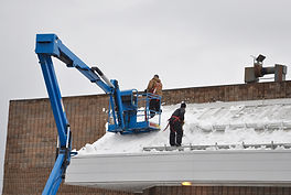 snow removal from roofs in Chicago and Chicagoland