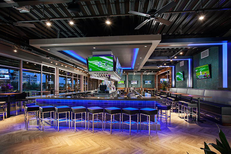 2124_restaurant-bar-topgolf-loudoun-01