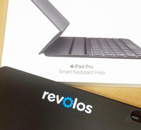 Revolos iPad Smart Keyboard