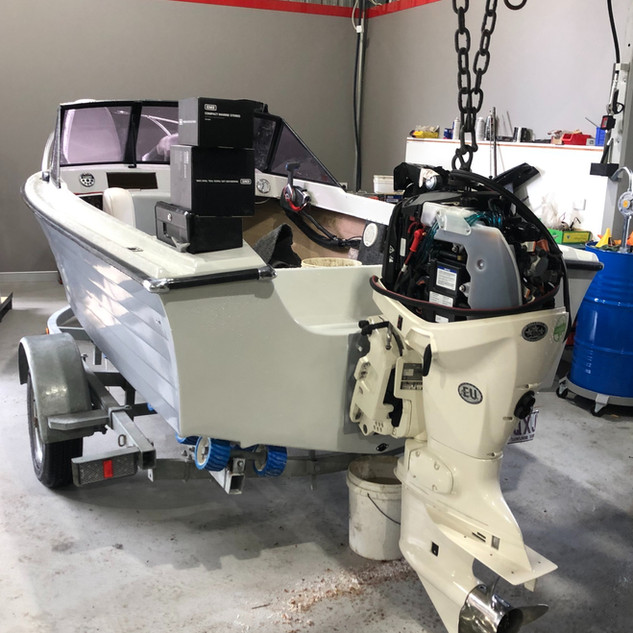 SERVICING ALL OUTBOARDS, BOATS and TRAILERS