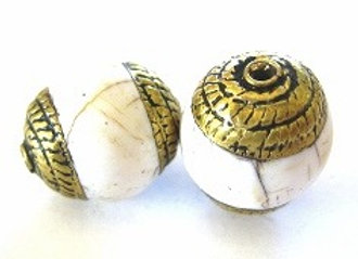 Small Brass Rope Cap Conch Bead