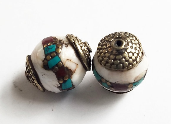 Conch with Coral and Turquoise Inlay Brass bead