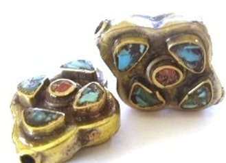 Tibetan Turquoise Inlay Bead