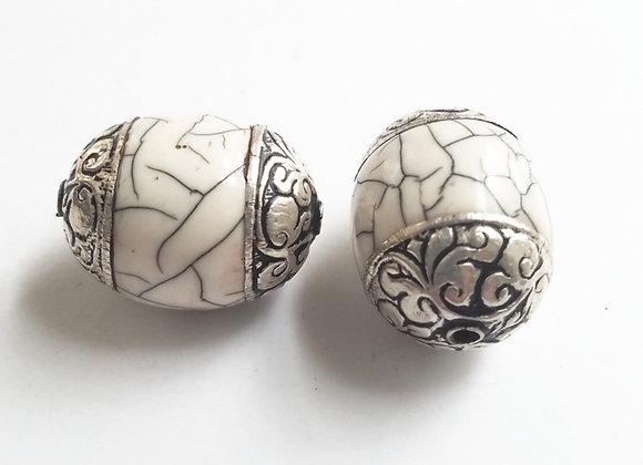 Large Tibetan White Crackle Bead