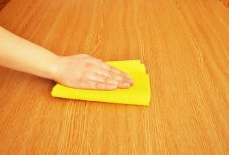 Limpieza y mantenimiento para cuidar los muebles de melamina