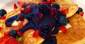 Gluten-Free Protein Pancakes with Berry Syrup – yum!